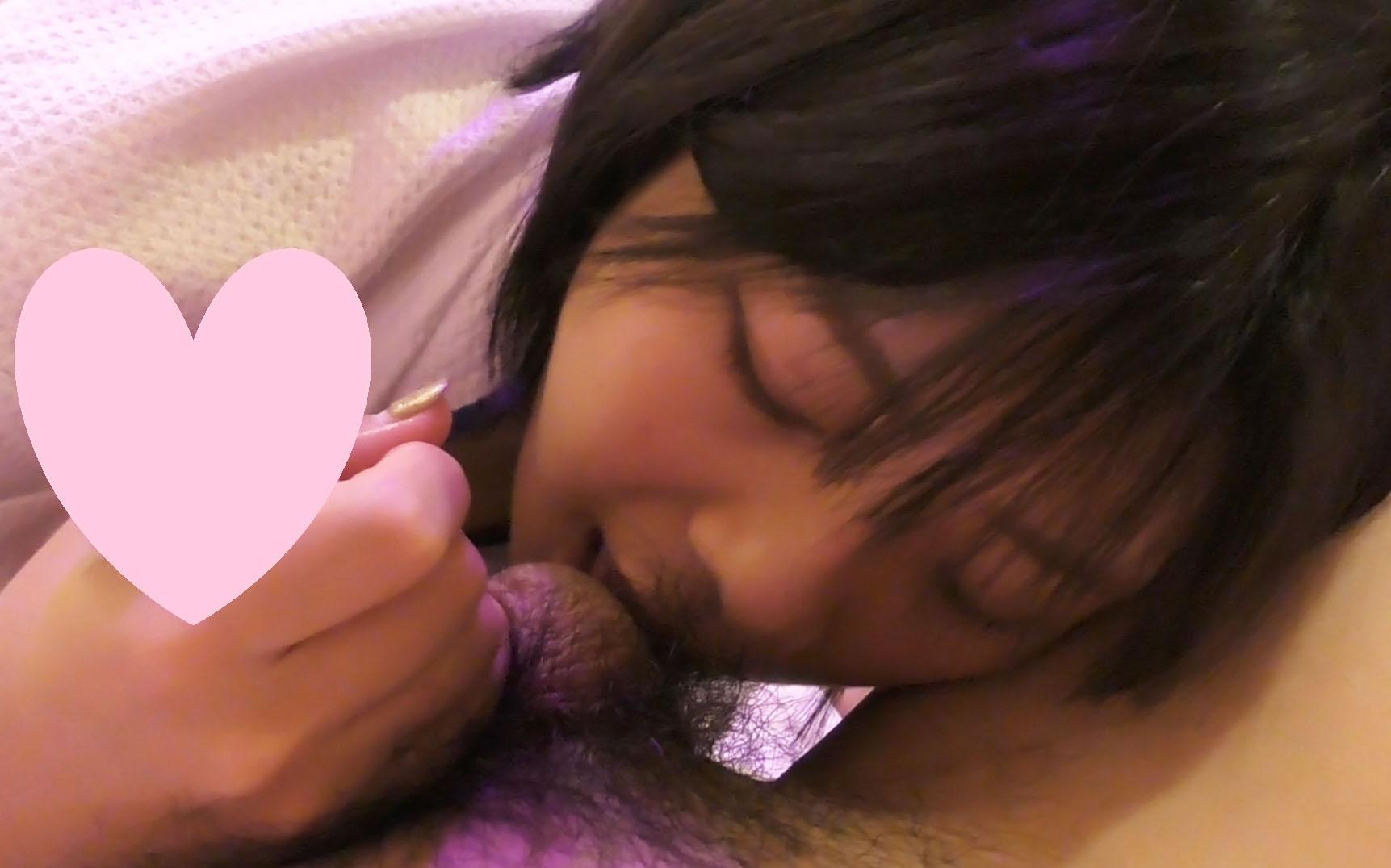 【個人撮影】20才の完全素人のフェラ!口内発射!