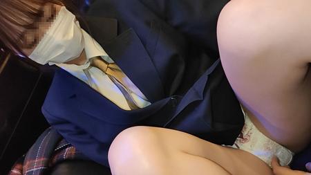 FC2 PPV 1650646 期間限定【顔出し】県立普通科③空手部美少女。制服とまんこを精子で汚す