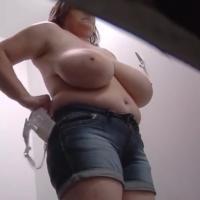 爆乳ロシアン美女★試着室内の着替えを隠し撮り!ロシア編★やらせなしのガチものです!その2